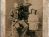 James and Annie O'Neill with Annie, their daughter, about 1906